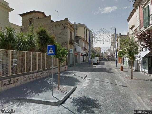 Google street view giugliano in campania google maps italy for Arredi parigini giugliano in campania
